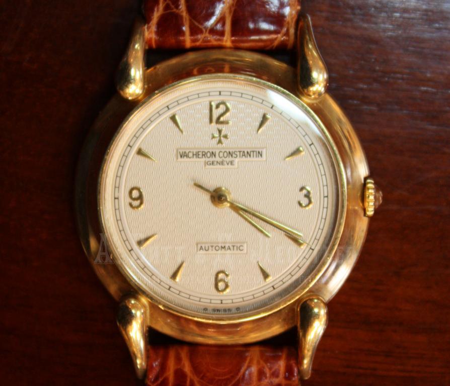 Longines текст для новинки: в частности, хорошие часы на запястье делали из обычного инженера или врача объект, достойный женского внимания.